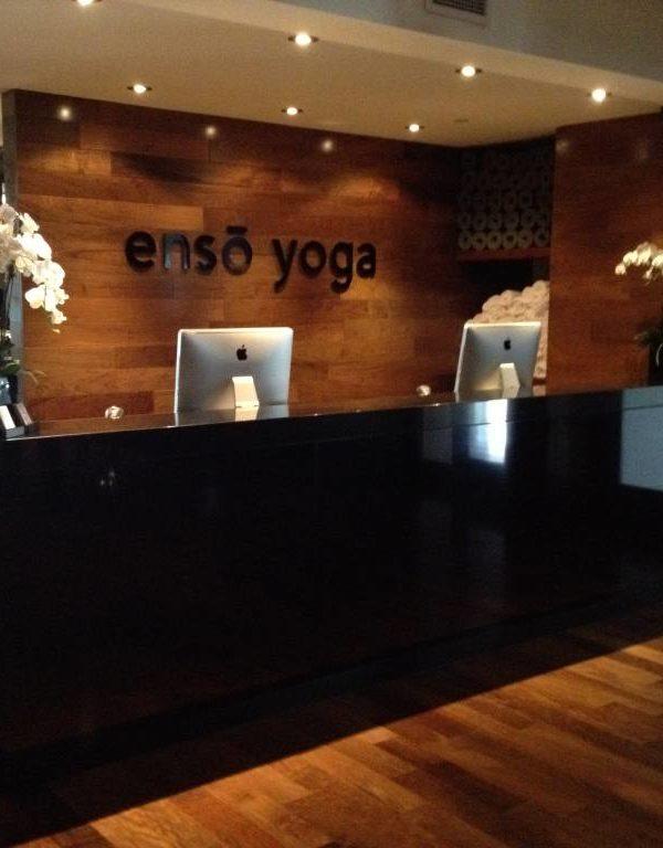 Enso Yoga - réception en Ipé (Noyer Brésilien)